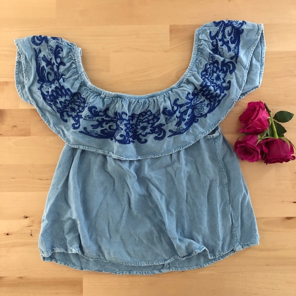 Style Envy Tops - Off shoulder Spanish style top